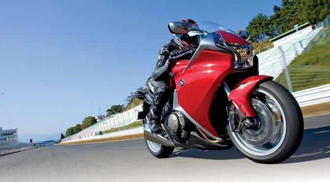 Prova Honda VFR 1200F